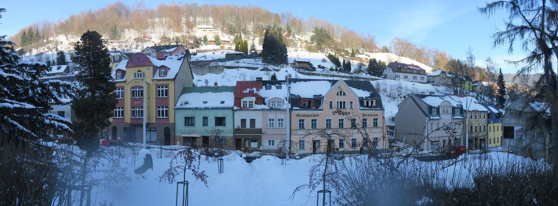 Panorama domu CARMEN v zimě