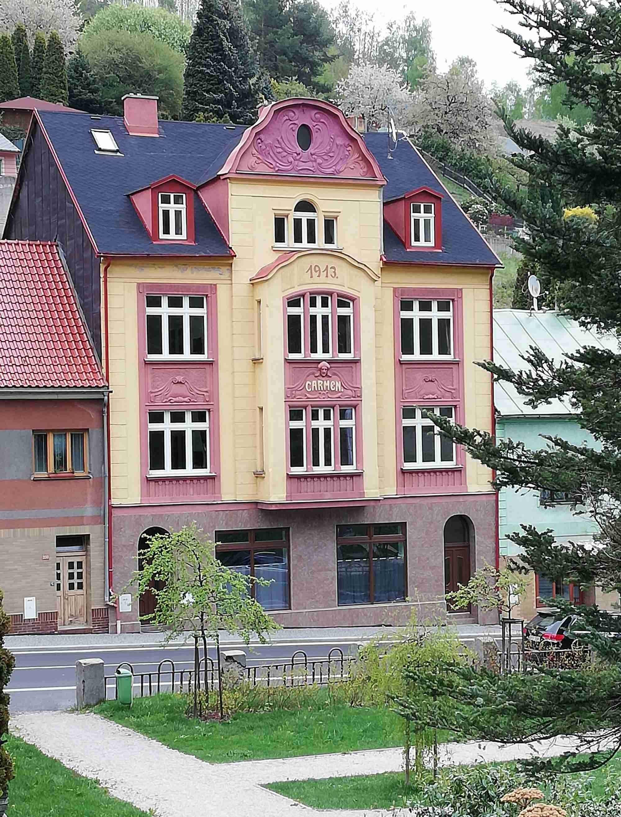 Ubytování v Jáchymově - apartmány Carmen